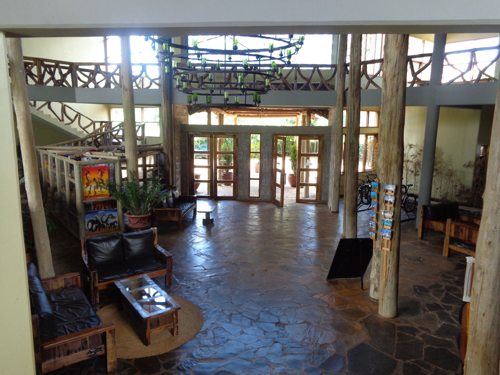 Weru Weru River Lodge